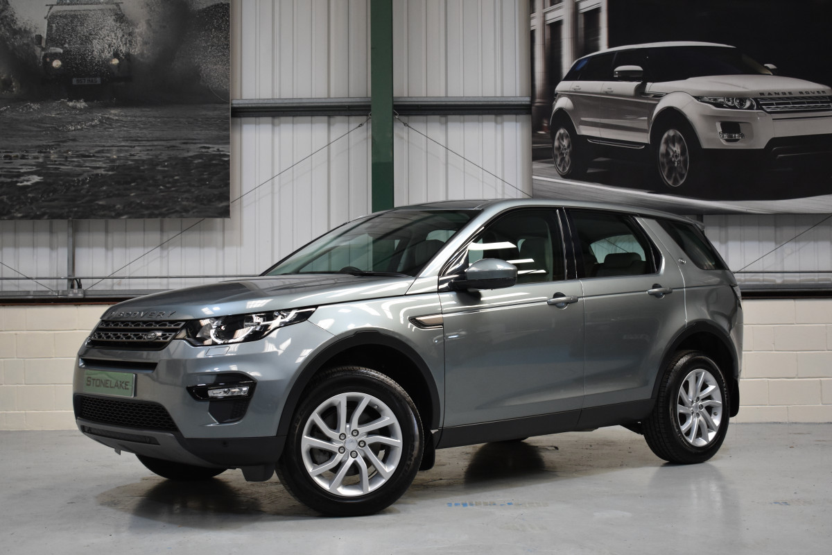 Land Rover Halifax >> 2018 18 Land Rover Discovery Sport Se Tech 2 0 Td4 Auto